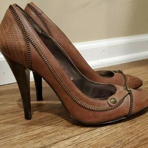 Guess Tan Zipper Detailed Heels